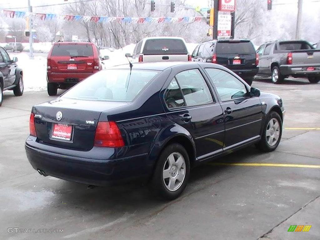 2003 galactic blue metallic volkswagen jetta glx sedan. Black Bedroom Furniture Sets. Home Design Ideas