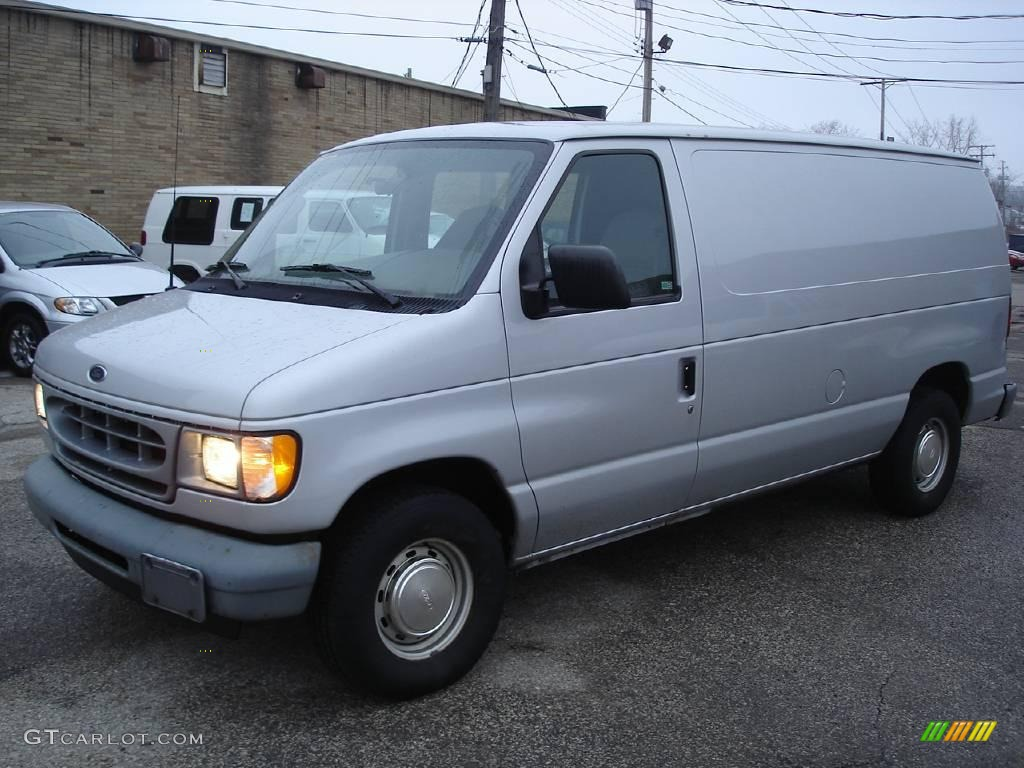 2002 silver metallic ford e series van e150 cargo. Black Bedroom Furniture Sets. Home Design Ideas