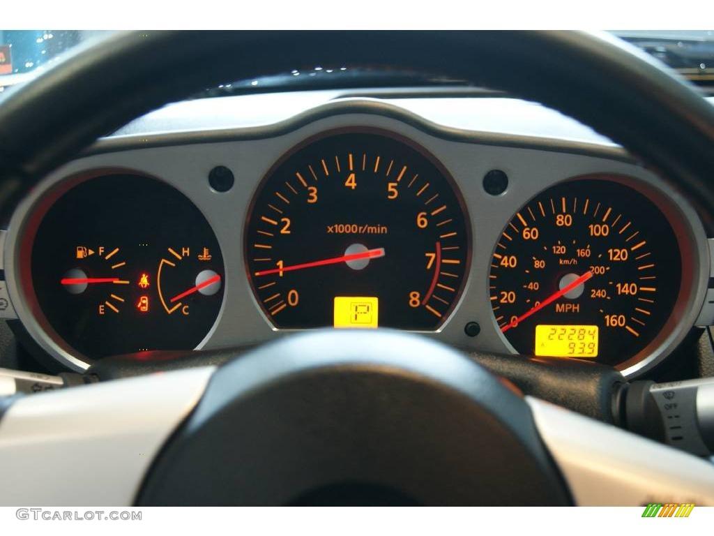 2004 chrome silver metallic nissan 350z touring coupe 24901433 2004 350z touring coupe chrome silver metallic charcoal photo 60 vanachro Images