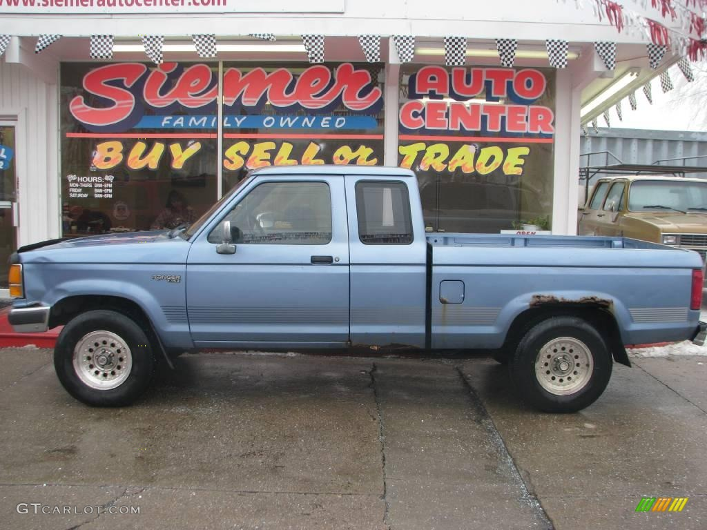 Light crystal blue pearl metallic ford ranger