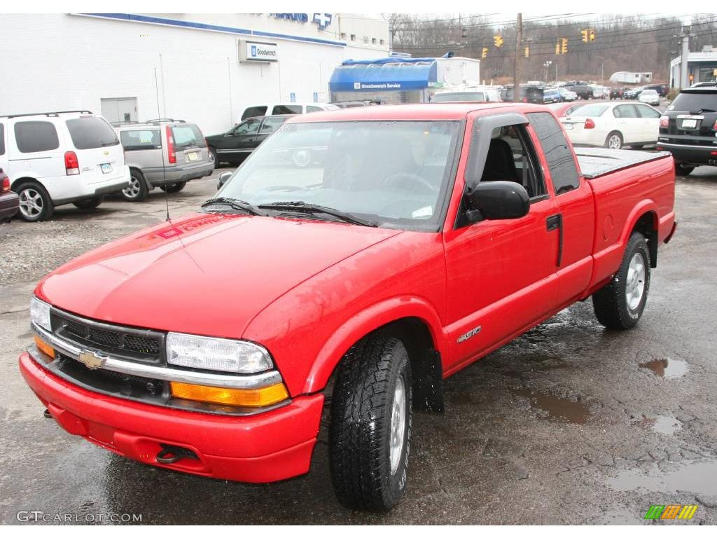Victory Red Chevrolet S10