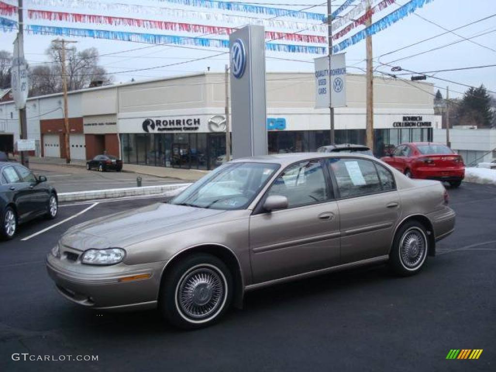 1999 sand beige metallic oldsmobile cutlass gl 24999091 gtcarlot com car color galleries gtcarlot com