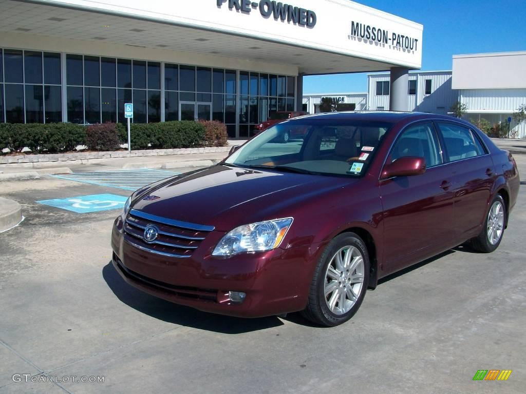 Cassis red pearl toyota avalon