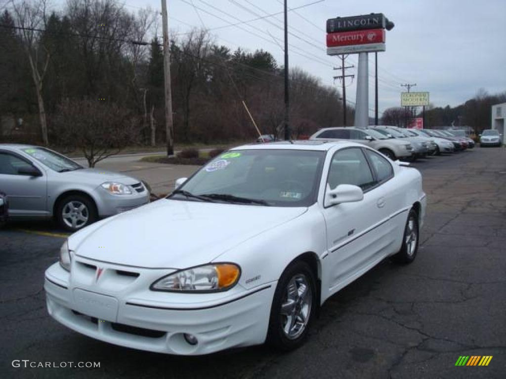 2002 arctic white pontiac grand am gt coupe 25062668. Black Bedroom Furniture Sets. Home Design Ideas