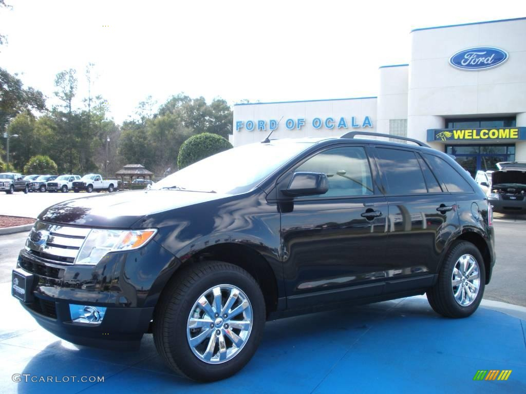 Dark Ink Blue Metallic Ford Edge