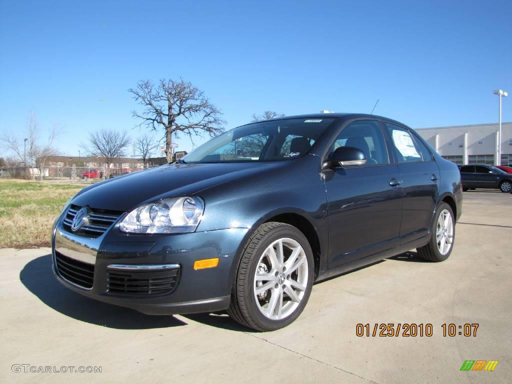 2010 Blue Graphite Metallic Volkswagen Jetta S Sedan #25196222 Photo #5 | GTCarLot.com - Car ...