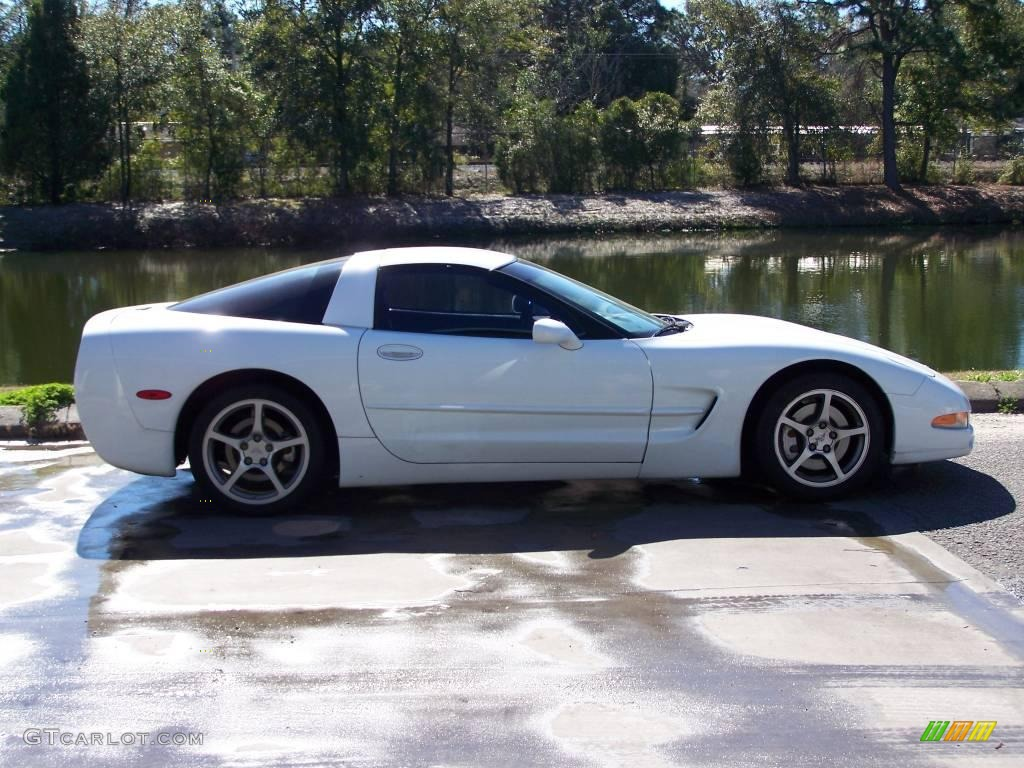 2000 arctic white chevrolet corvette coupe 25247716. Black Bedroom Furniture Sets. Home Design Ideas