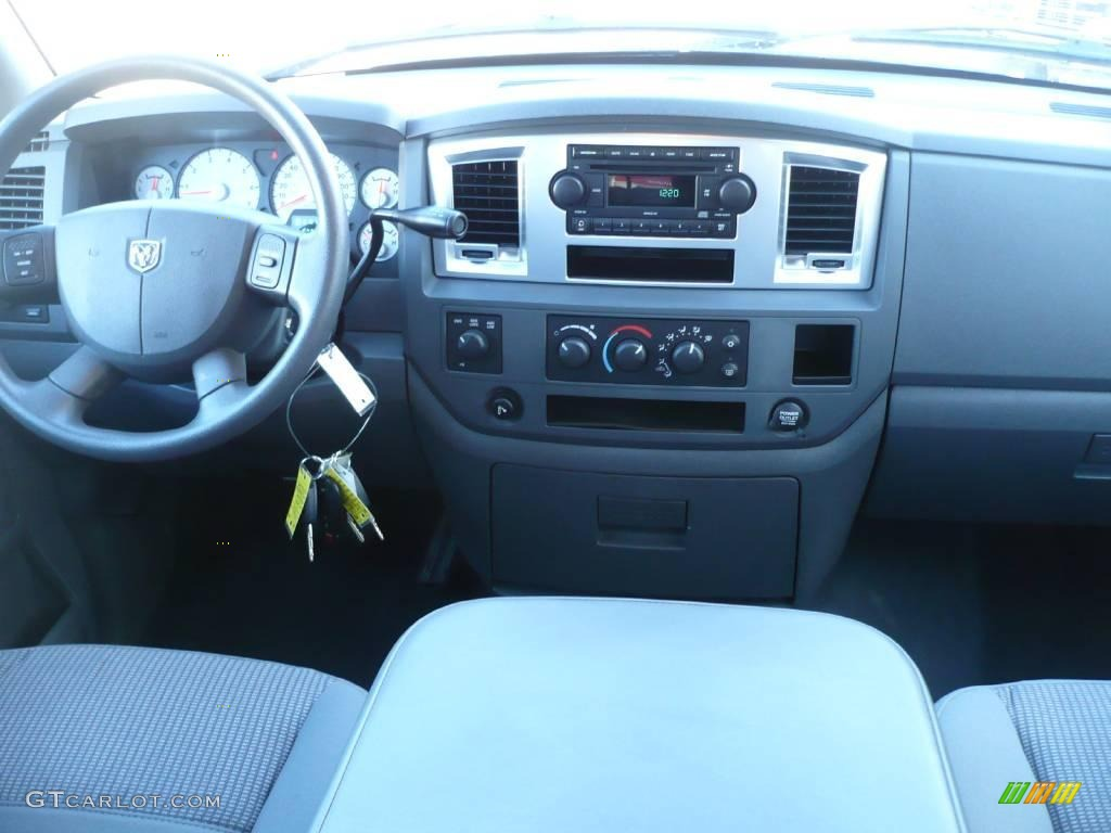 2007 Electric Blue Pearl Dodge Ram 1500 Big Horn Edition Quad Cab 4x4 25352422 Photo 17