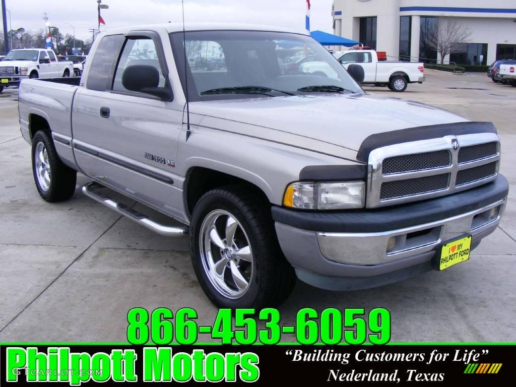1998 radiant silver metallic dodge ram 1500 laramie slt extended cab 25352597. Black Bedroom Furniture Sets. Home Design Ideas