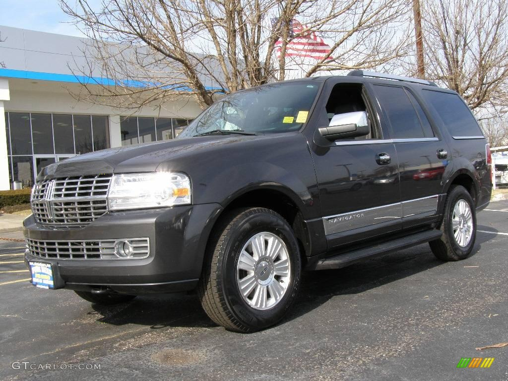 2007 Navigator Luxury 4x4 - Alloy Metallic / Charcoal photo #1