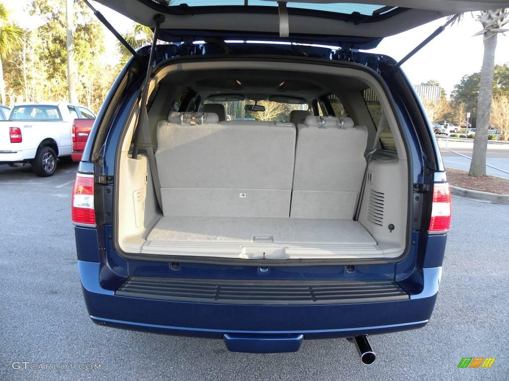 2007 Lincoln Navigator Luxury Trunk Photo #25548948