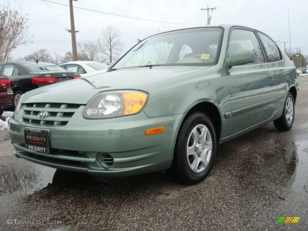 2003 Quartz Green Metallic Hyundai Accent GL Coupe