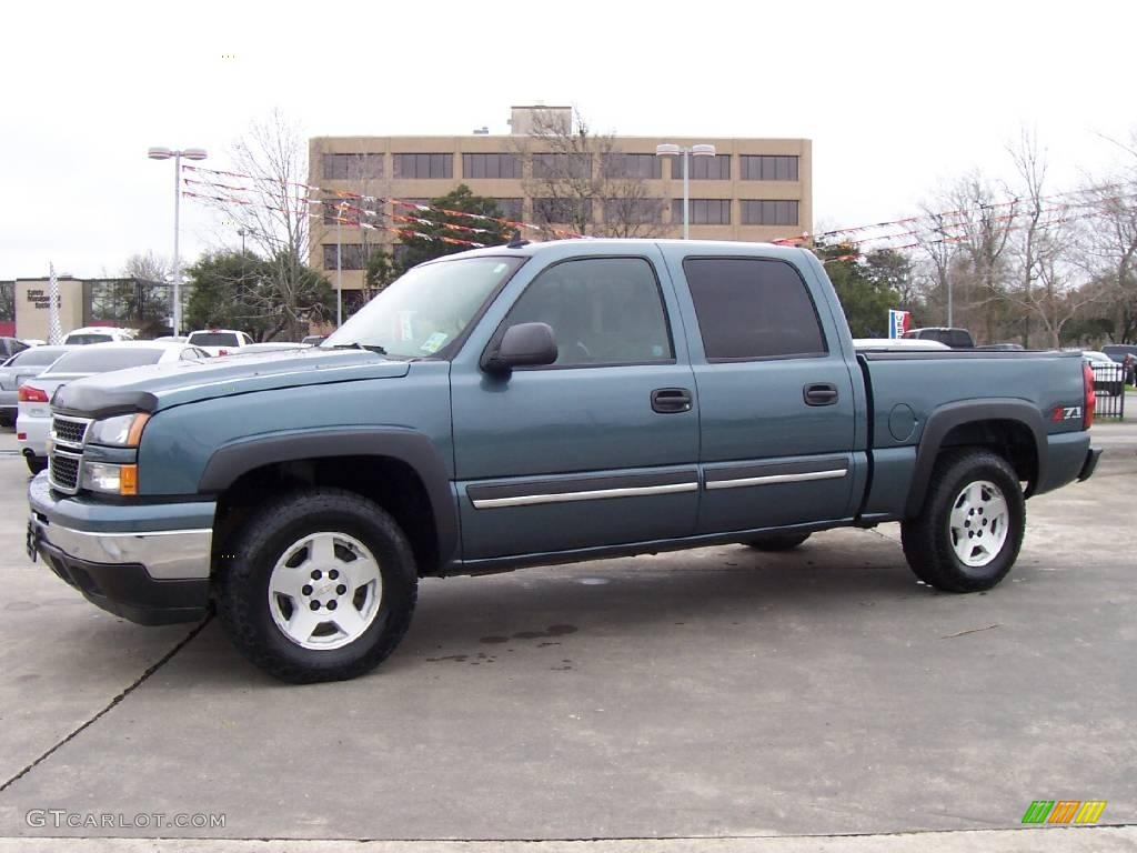 2006 blue granite metallic chevrolet silverado 1500 z71 crew cab 4x4 25632124. Black Bedroom Furniture Sets. Home Design Ideas