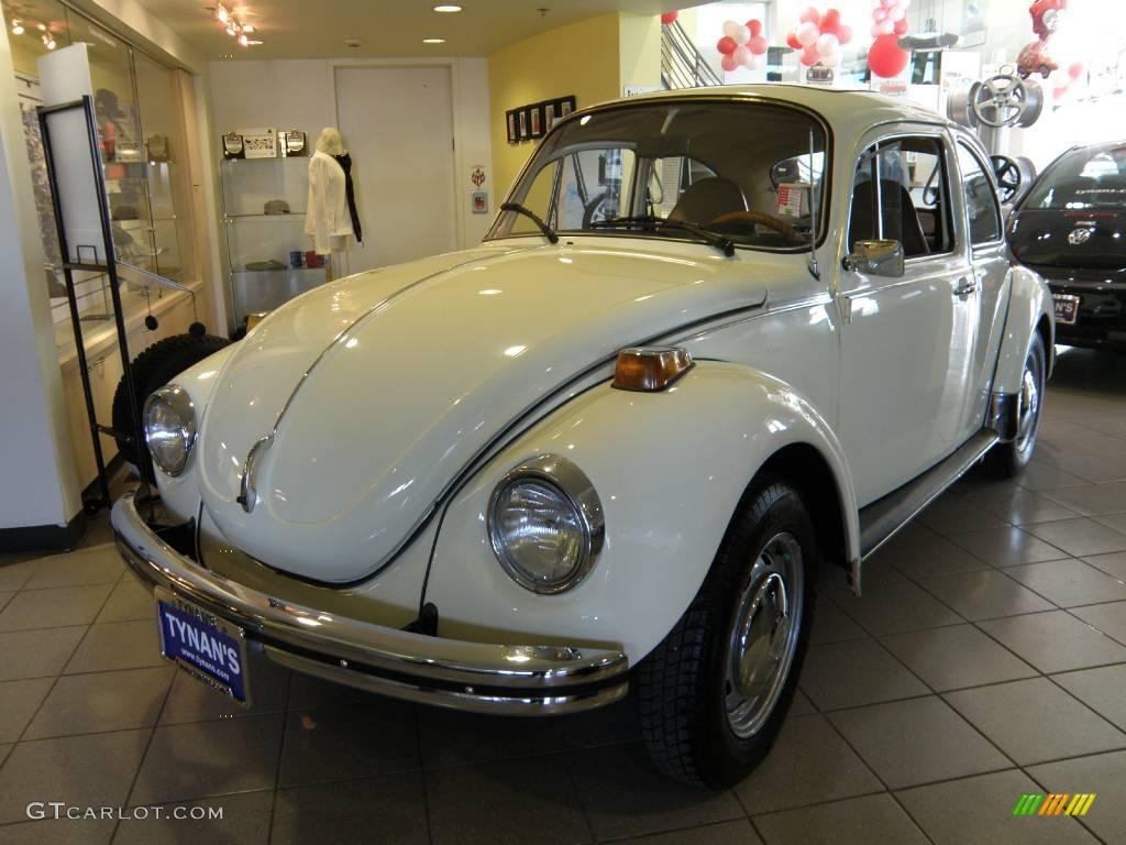 1973 Cream White Volkswagen Beetle Coupe #25675967 Photo #6 | GTCarLot.com - Car Color Galleries