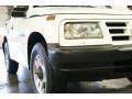 White - Tracker Soft Top 4x4 Photo No. 3