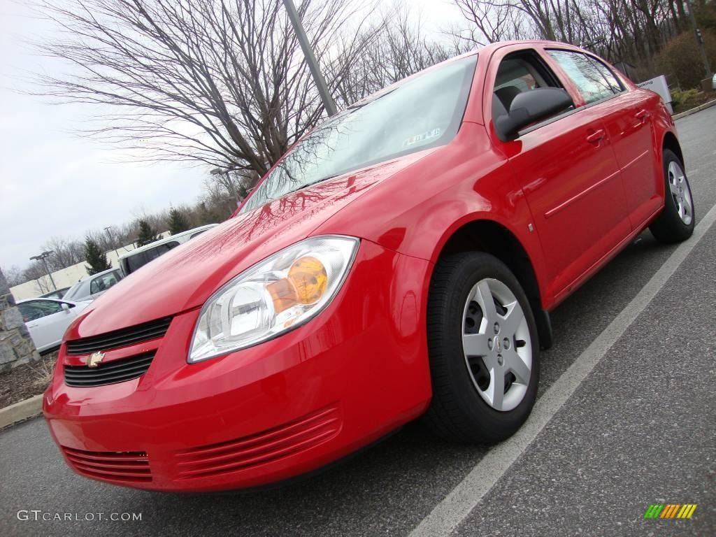 2007 Cobalt LS Sedan - Victory Red / Gray photo #1