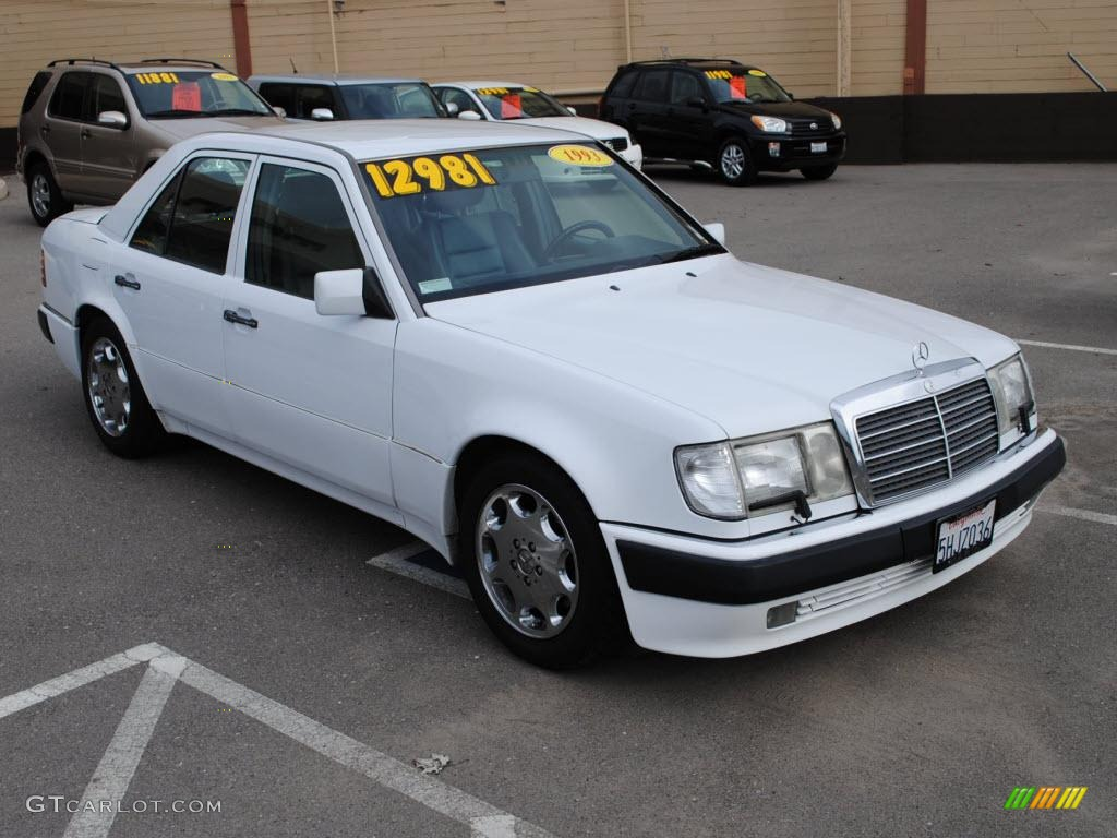 1993 arctic white mercedes benz e class 500 e sedan for 1993 mercedes benz 500 class