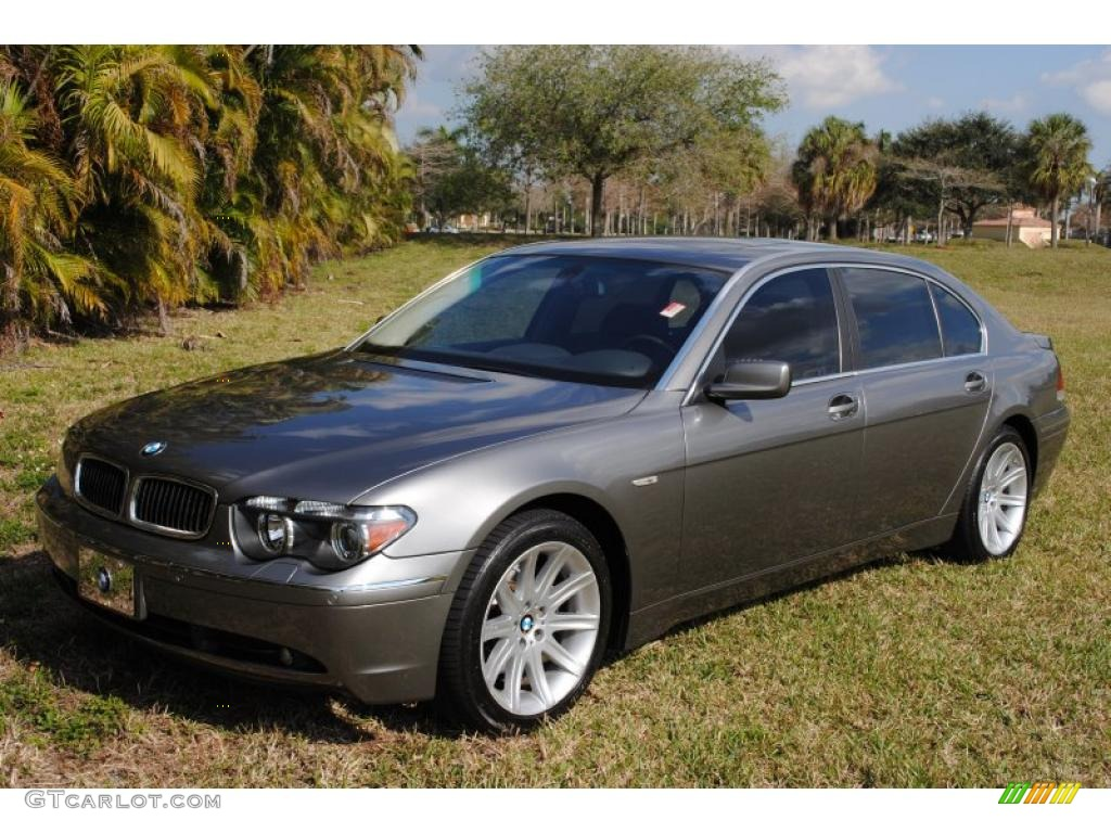 Titanium Grey Metallic BMW 7 Series