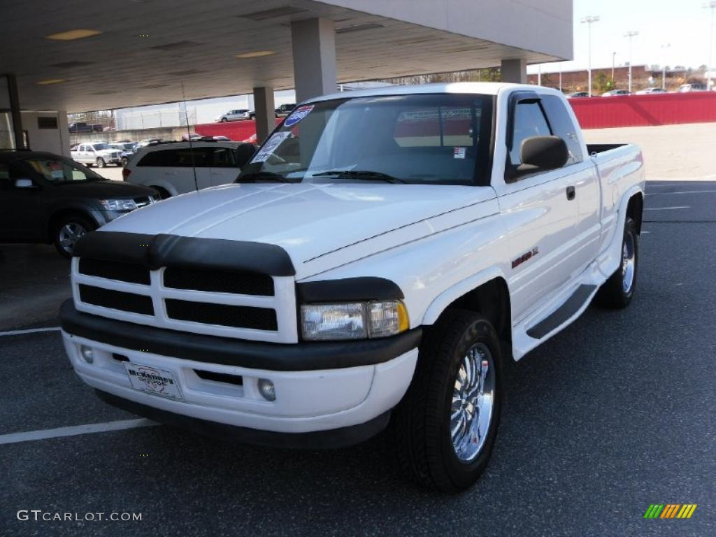 1998 bright white dodge ram 1500 sport extended cab 4x4. Black Bedroom Furniture Sets. Home Design Ideas