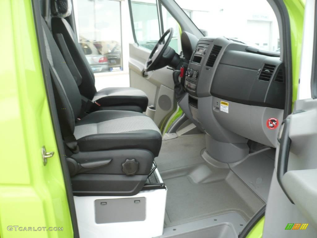 2008 lime green dodge sprinter van 3500 chassis commercial 25999671 photo 5. Black Bedroom Furniture Sets. Home Design Ideas