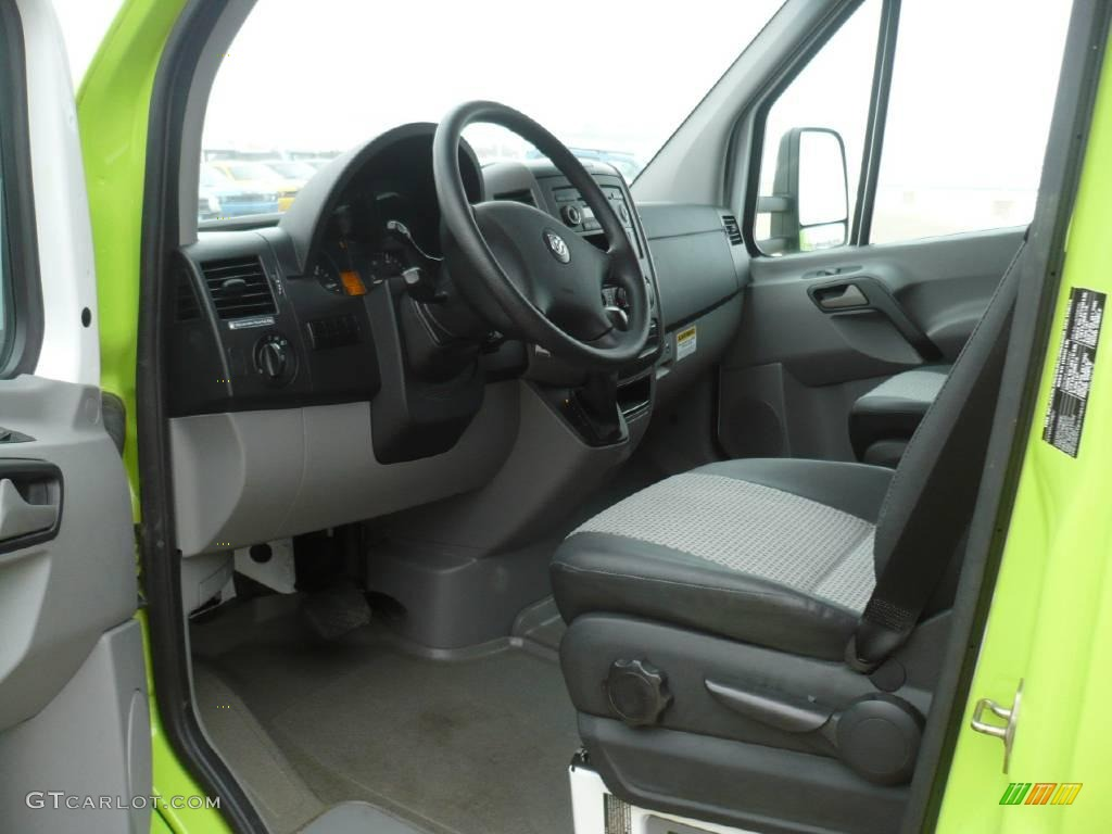 2008 lime green dodge sprinter van 3500 chassis commercial 25999671 photo 29. Black Bedroom Furniture Sets. Home Design Ideas