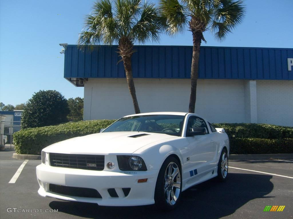 2007 Mustang Saleen S281 Supercharged Coupe - Performance White / Black Leather photo #1