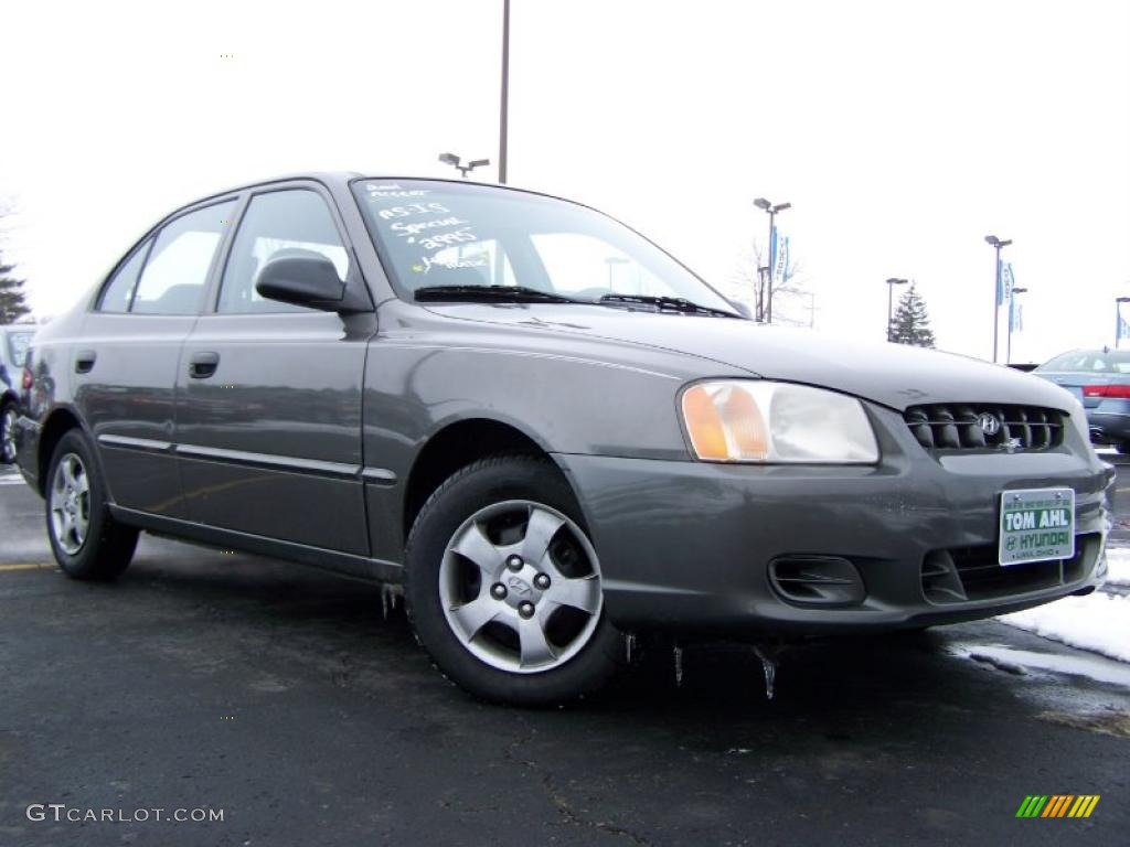 2001 Charcoal Gray Hyundai Accent Gl Sedan 26068000