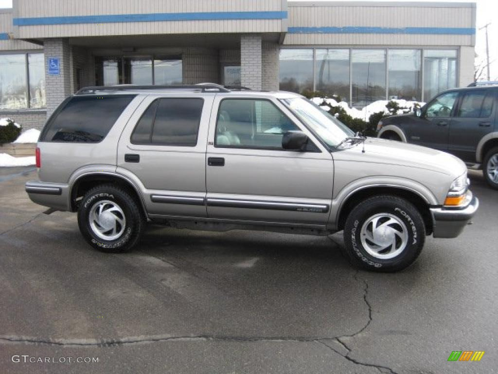 1999 Light Pewter Metallic Chevrolet Blazer LT 4x4 26068337