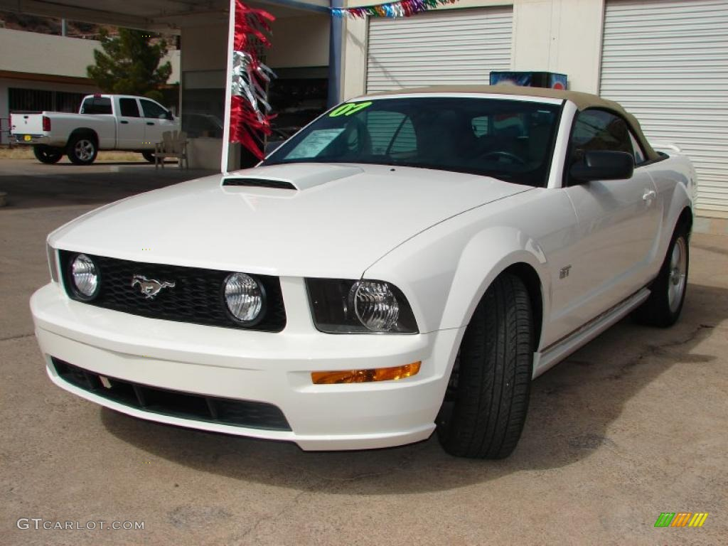 2007 Mustang GT Premium Convertible - Performance White / Medium Parchment photo #1