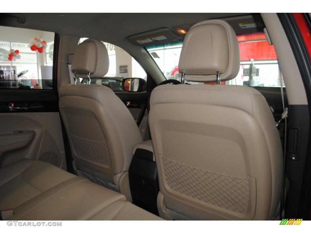 2011 Sorento EX AWD - Spicy Red / Beige photo #21