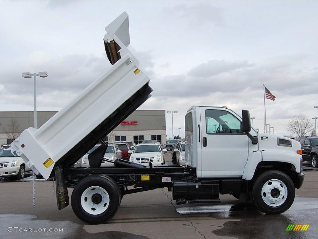 2004 C Series Kodiak C6500 Regular Cab Dump Truck - Summit White / Black photo #9