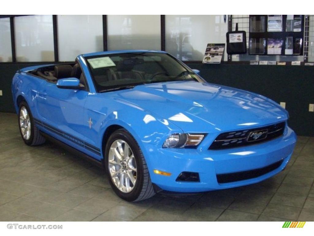 2010 grabber blue ford mustang v6 premium convertible. Black Bedroom Furniture Sets. Home Design Ideas