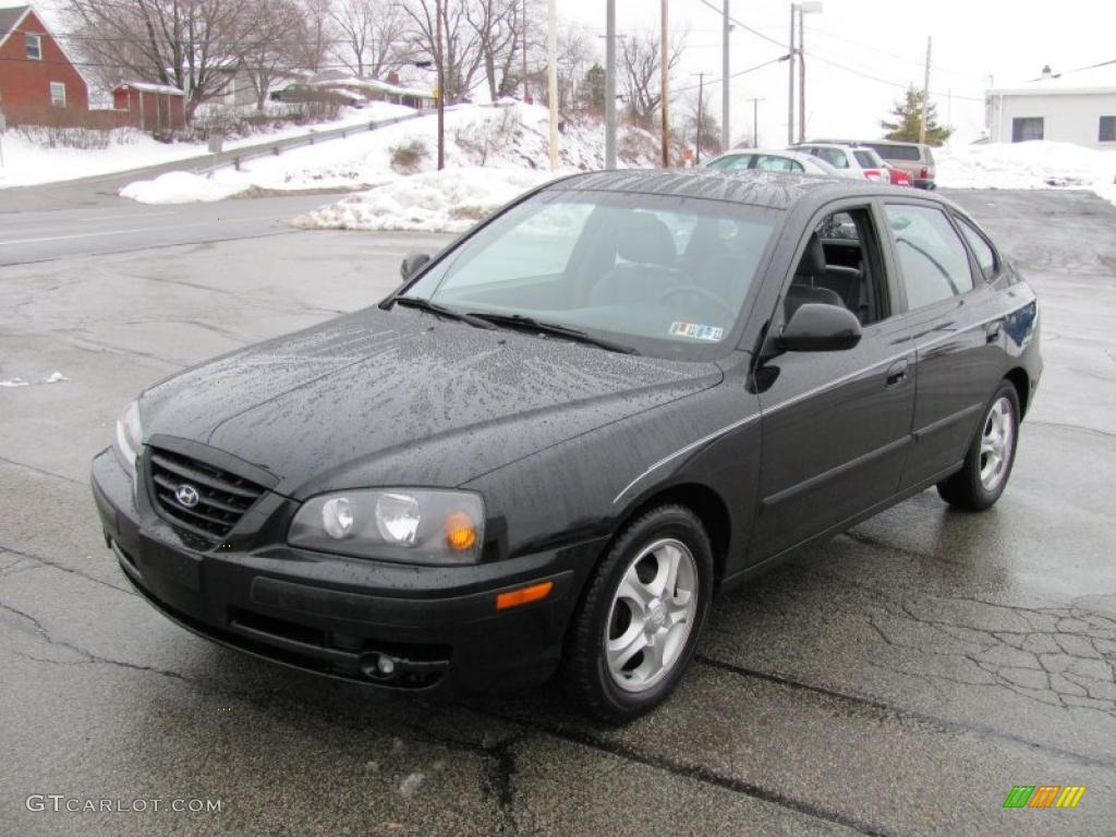 2004 black obsidian hyundai elantra gt hatchback 26505530. Black Bedroom Furniture Sets. Home Design Ideas