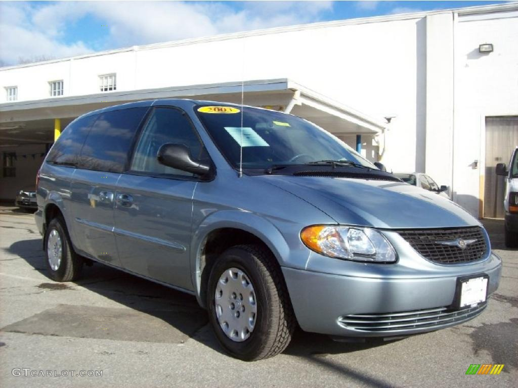 2003 Town & Country LX - Butane Blue Pearl / Navy Blue photo #1