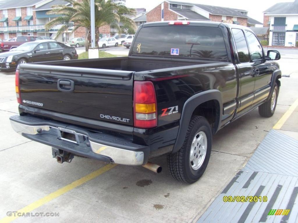 2002 Silverado 1500 LS Extended Cab 4x4 - Onyx Black / Tan photo #4