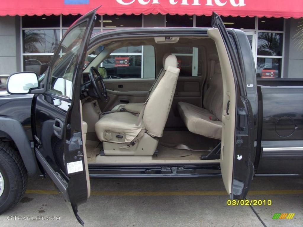 2002 Silverado 1500 LS Extended Cab 4x4 - Onyx Black / Tan photo #11