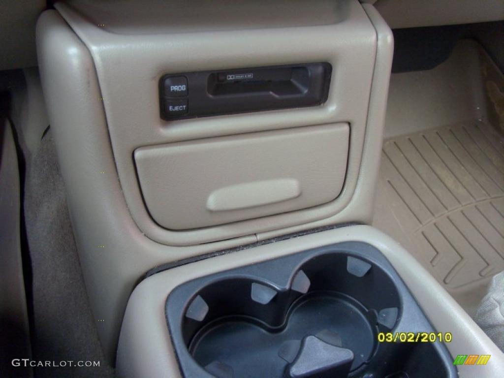 2002 Silverado 1500 LS Extended Cab 4x4 - Onyx Black / Tan photo #17