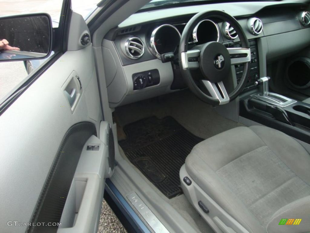 2007 Mustang V6 Premium Coupe - Vista Blue Metallic / Light Graphite photo #12