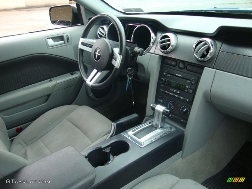 2007 Mustang V6 Premium Coupe - Vista Blue Metallic / Light Graphite photo #18