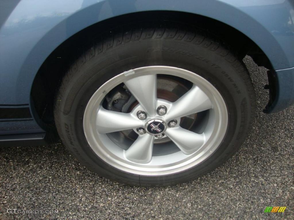 2007 Mustang V6 Premium Coupe - Vista Blue Metallic / Light Graphite photo #25