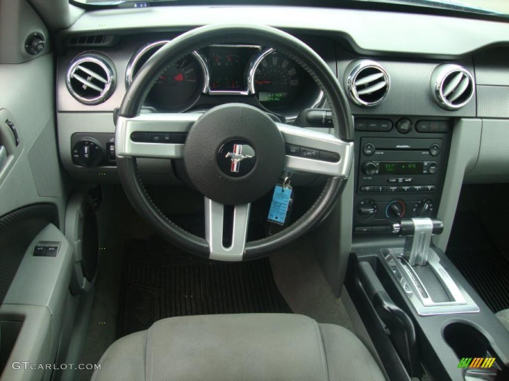 2007 Mustang V6 Premium Coupe - Vista Blue Metallic / Light Graphite photo #28