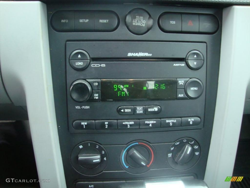 2007 Mustang V6 Premium Coupe - Vista Blue Metallic / Light Graphite photo #35