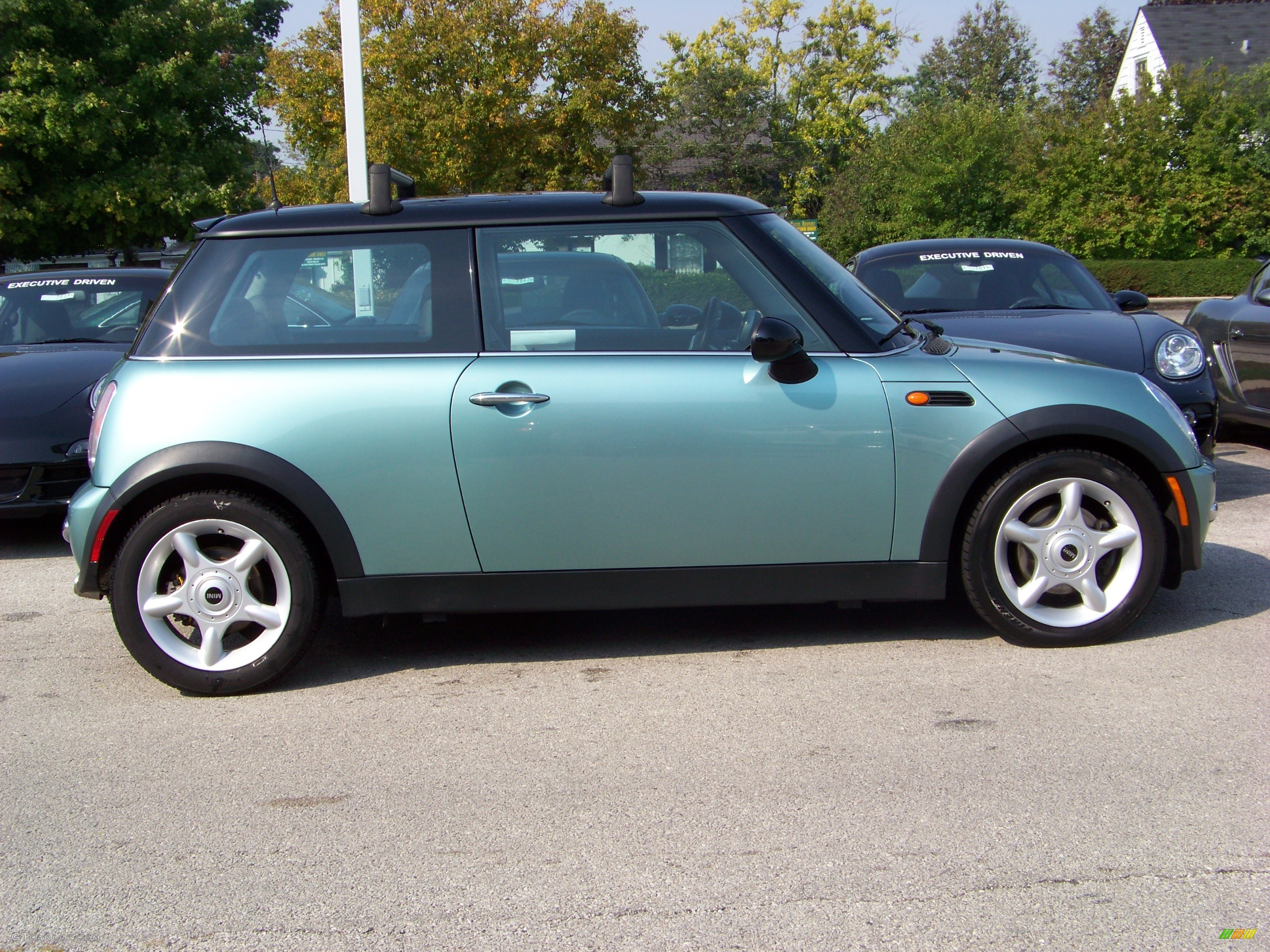 2003 silk green metallic mini cooper hardtop 267256 photo 5 car color galleries. Black Bedroom Furniture Sets. Home Design Ideas