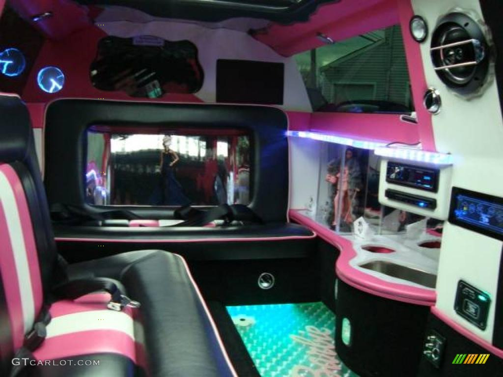 2008 custom pink mini cooper barbie edition jacuzzi limousine 26743883 photo 28. Black Bedroom Furniture Sets. Home Design Ideas