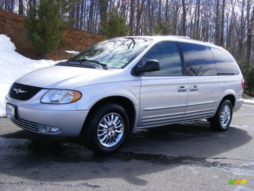 2003 bright silver metallic chrysler town country. Black Bedroom Furniture Sets. Home Design Ideas
