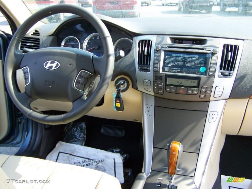 2010 Medium Silver Blue Hyundai Sonata Limited V6 26777964 Photo