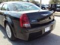 2005 Brilliant Black Crystal Pearl Chrysler 300   photo #7