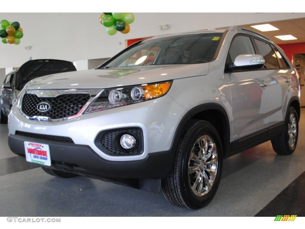 2011 Sorento EX AWD - Bright Silver / Black photo #3