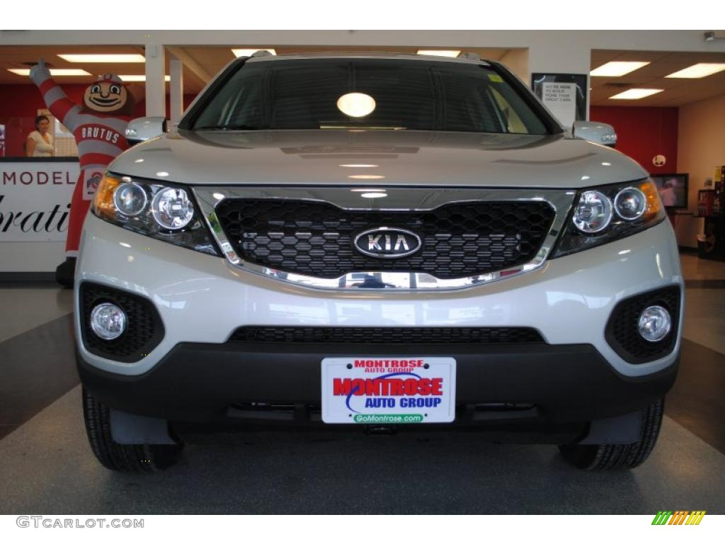 2011 Sorento EX AWD - Bright Silver / Black photo #12