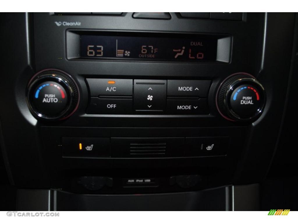 2011 Sorento EX AWD - Bright Silver / Black photo #42